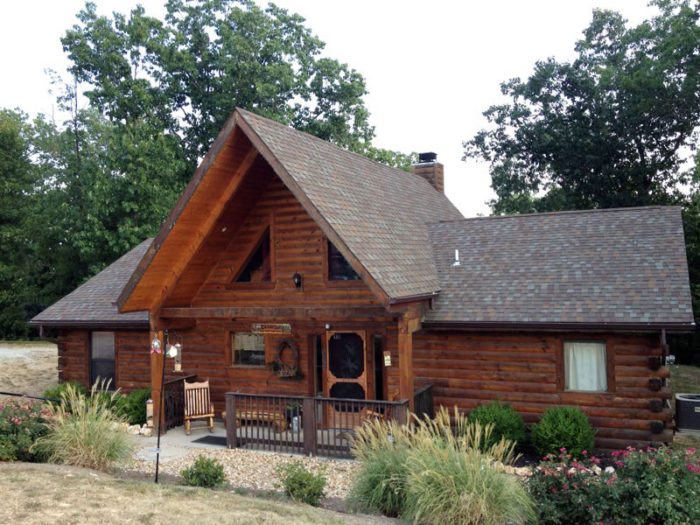 The 9 Coziest Missouri Log Cabins To Spend The Night In
