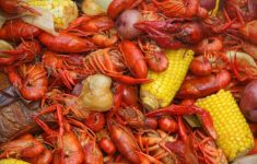 Comfy Crawdaddy's Kitchen That Will Attract Your Attention