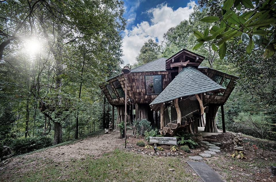 Animated Fireplace Wallpaper This Enchanting Tree House In Mississippi Is Like