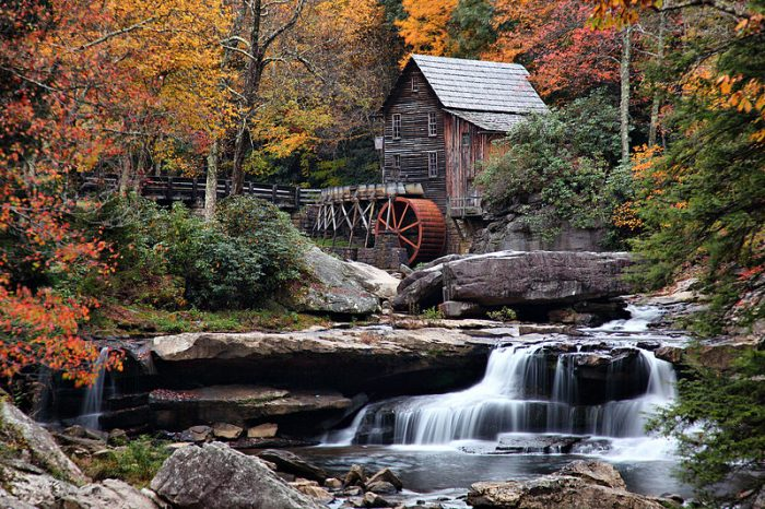 Nechar Wallpaper 3d Glade Creek Grist Mill In West Virginia Is A Charming
