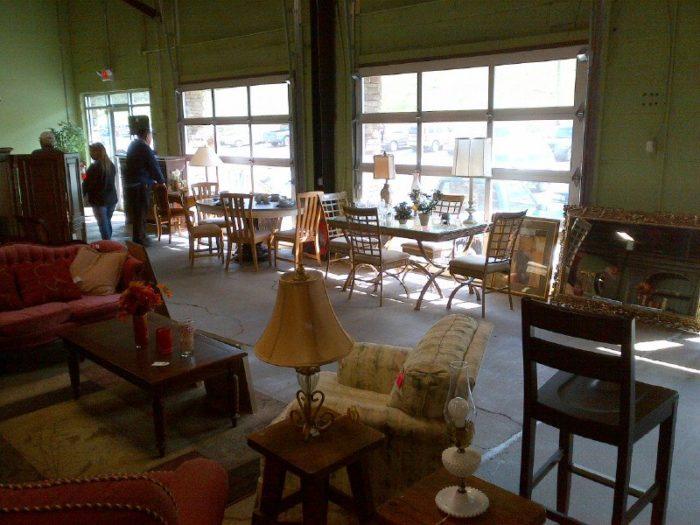 11 Incredible Thrift Stores In West Virginia To Find Hidden Treasures