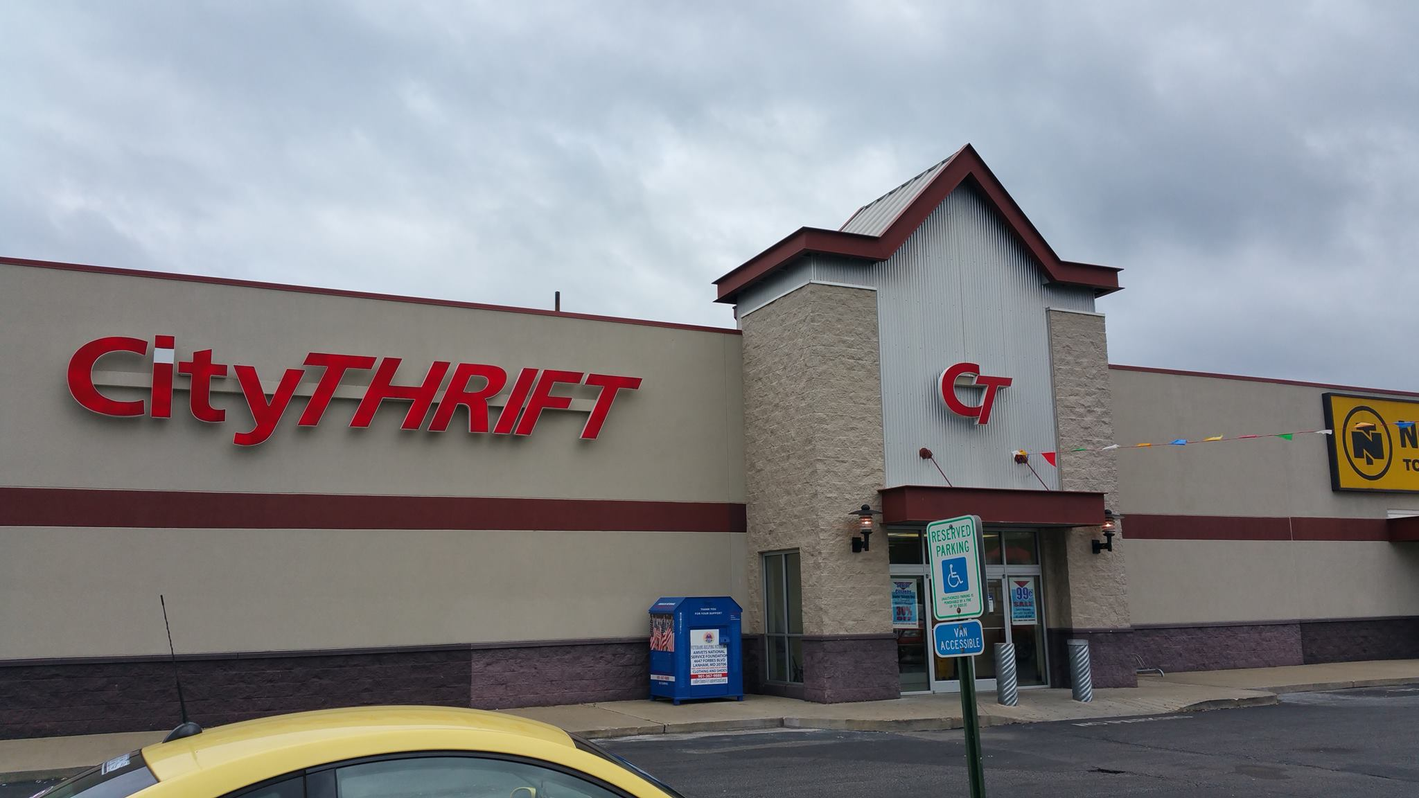 11 Incredible Thrift Stores In Tennessee Where Youll Find