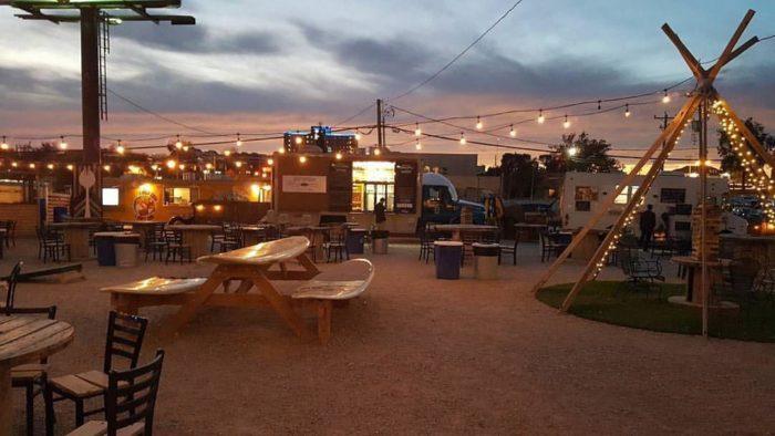 Bleu Garten The Epic Food Truck Park In Oklahoma