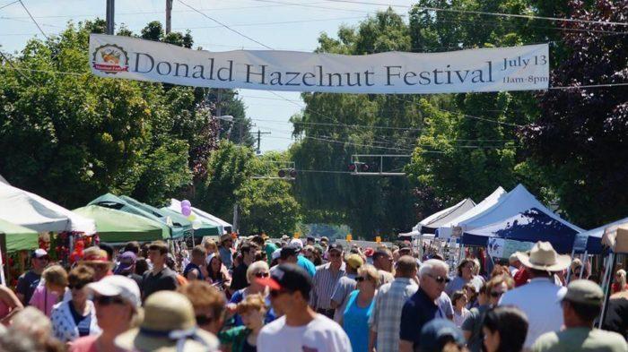 6 Best Small Towns Festivals Near Portland