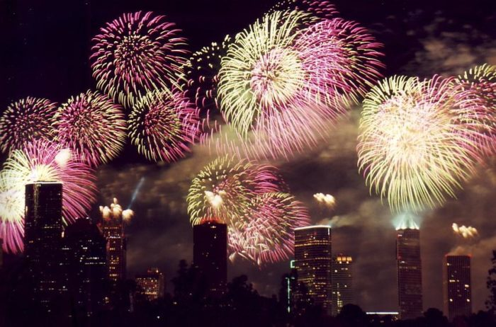The Best 4th Of July Fireworks Shows In Texas In 2017  Cities Dates Times