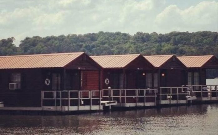 Floating Cabins On Lake Guntersville Unique Overnight