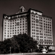 5 Of Creepiest Abandoned Hotels In Texas