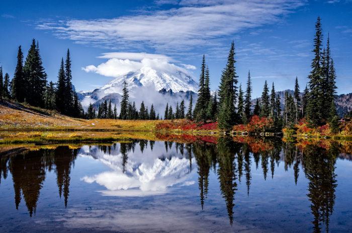 Fall Scenery Hd Wallpaper Lake Tipsoo The One Hikeable Lake In Washington That S
