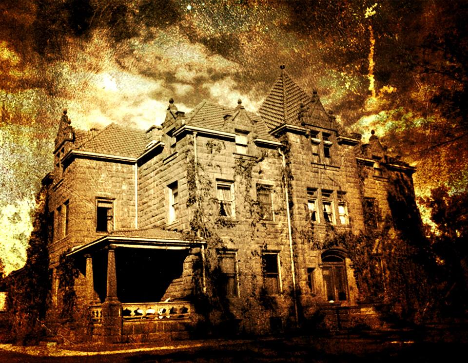 4 Haunted Houses In Montana That Will Terrify You In The Best Way
