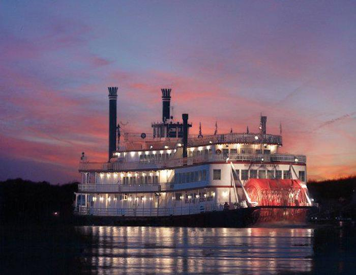Philadelphia In The Fall Wallpaper Bb Riverboats Has A Bourbon Cruise In Kentucky This Fall
