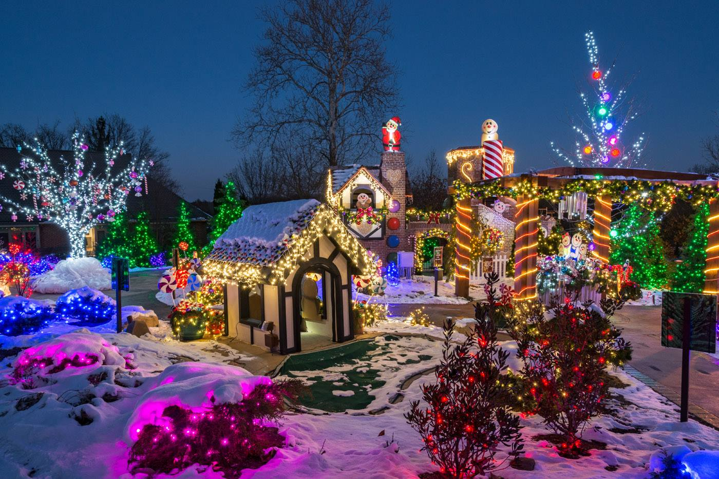 Deck The Hall At Stan Hywet Hall And Gardens In Akron Ohio