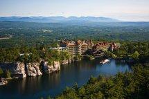 Mohonk Hotel Beautiful Surroundings In America