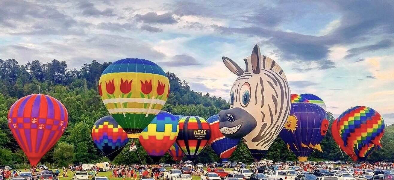 The Souths Oldest Hot Air Balloon Event Takes Place In