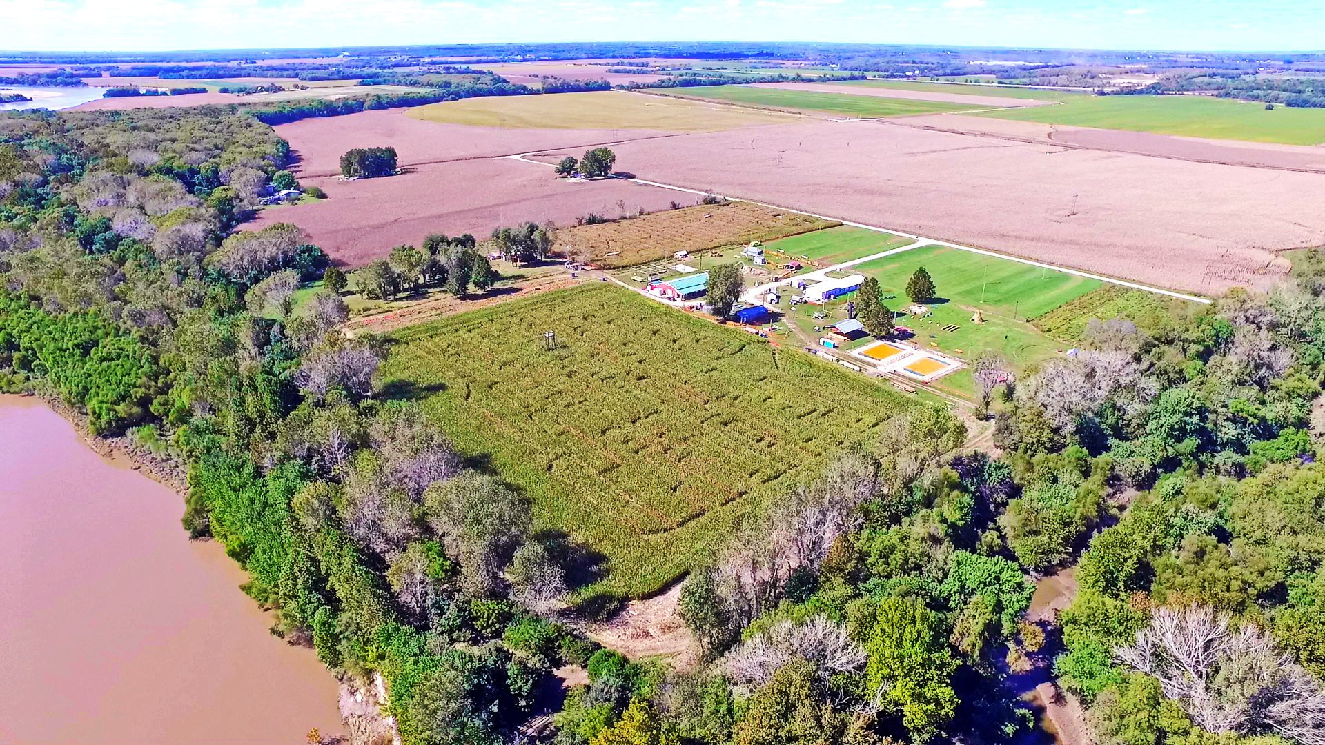 8 Amazing Kansas Corn Mazes For Fall 2018 Only In Your State