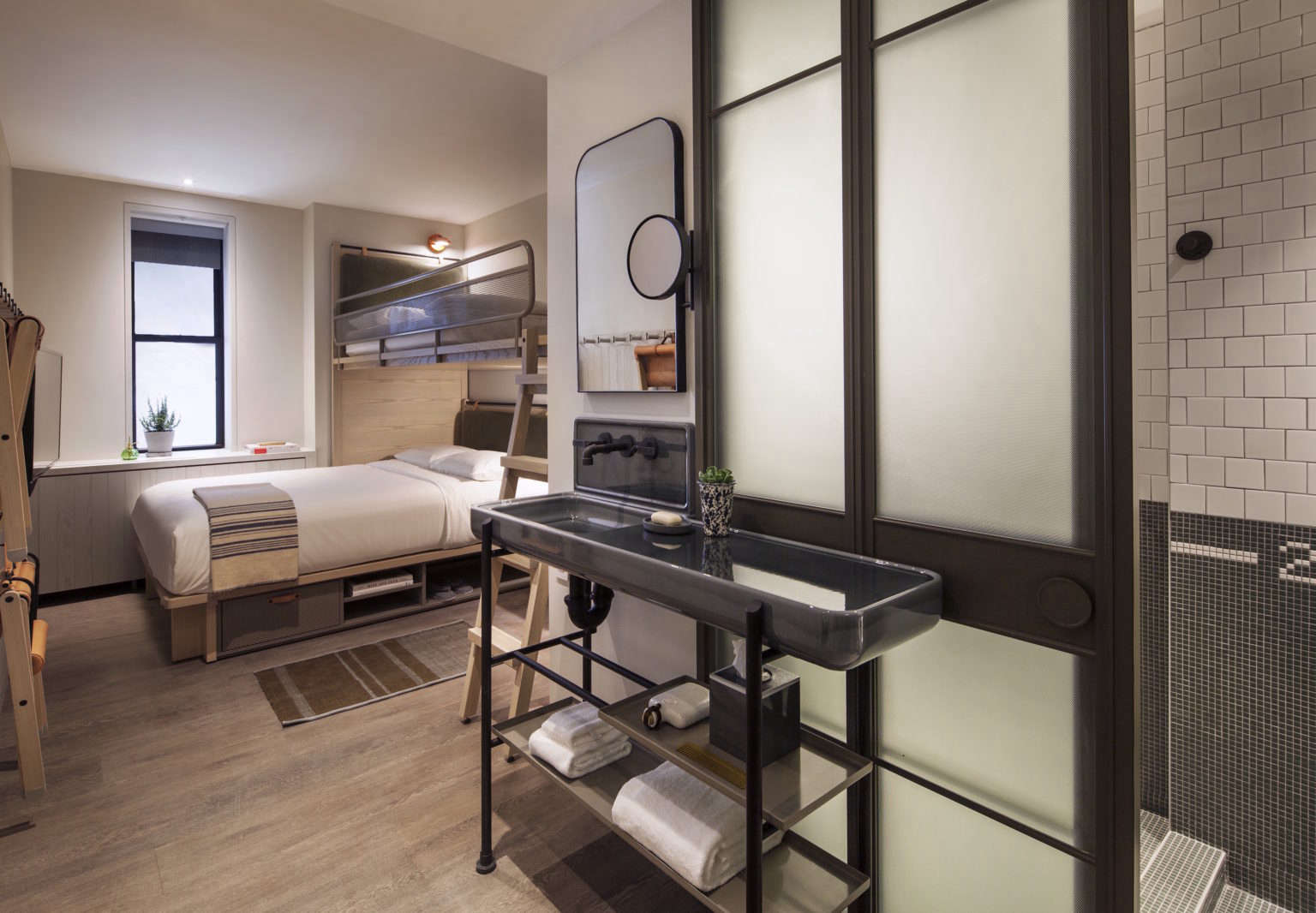 Small Bedroom Ideas To Steal From The Moxy Hotel Nyc
