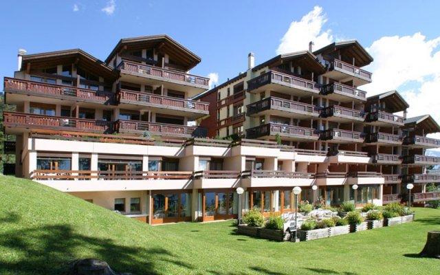 Helvetia Intergolf Hotel And Aparthotel In Crans Montana