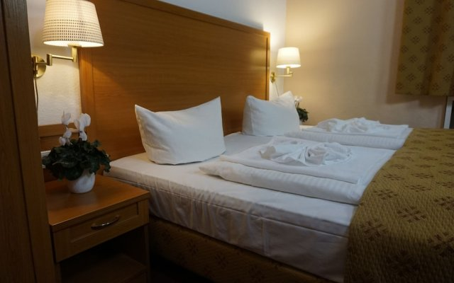 Hotel Aster In Berlin Germany From 83 Photos Reviews