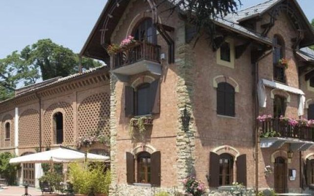 Villa La Favorita In Alba Italy From 260 Photos Reviews