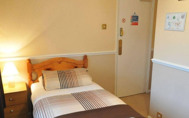 Flexistay Ambers Gatwick Aparthotel In Horley United