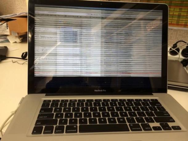 MacBook Pro с изображением отказа графического процессора