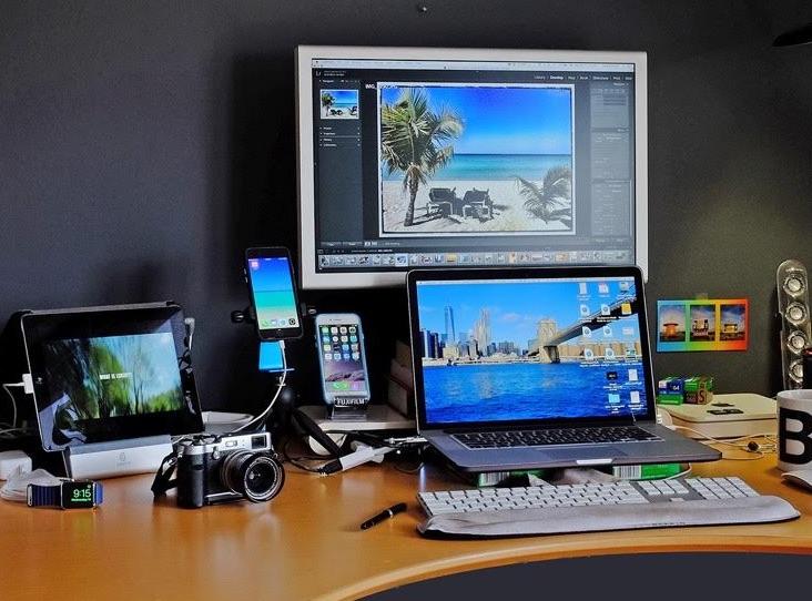 Mac Setup MacBook Pro Standing Desk Workstation of a