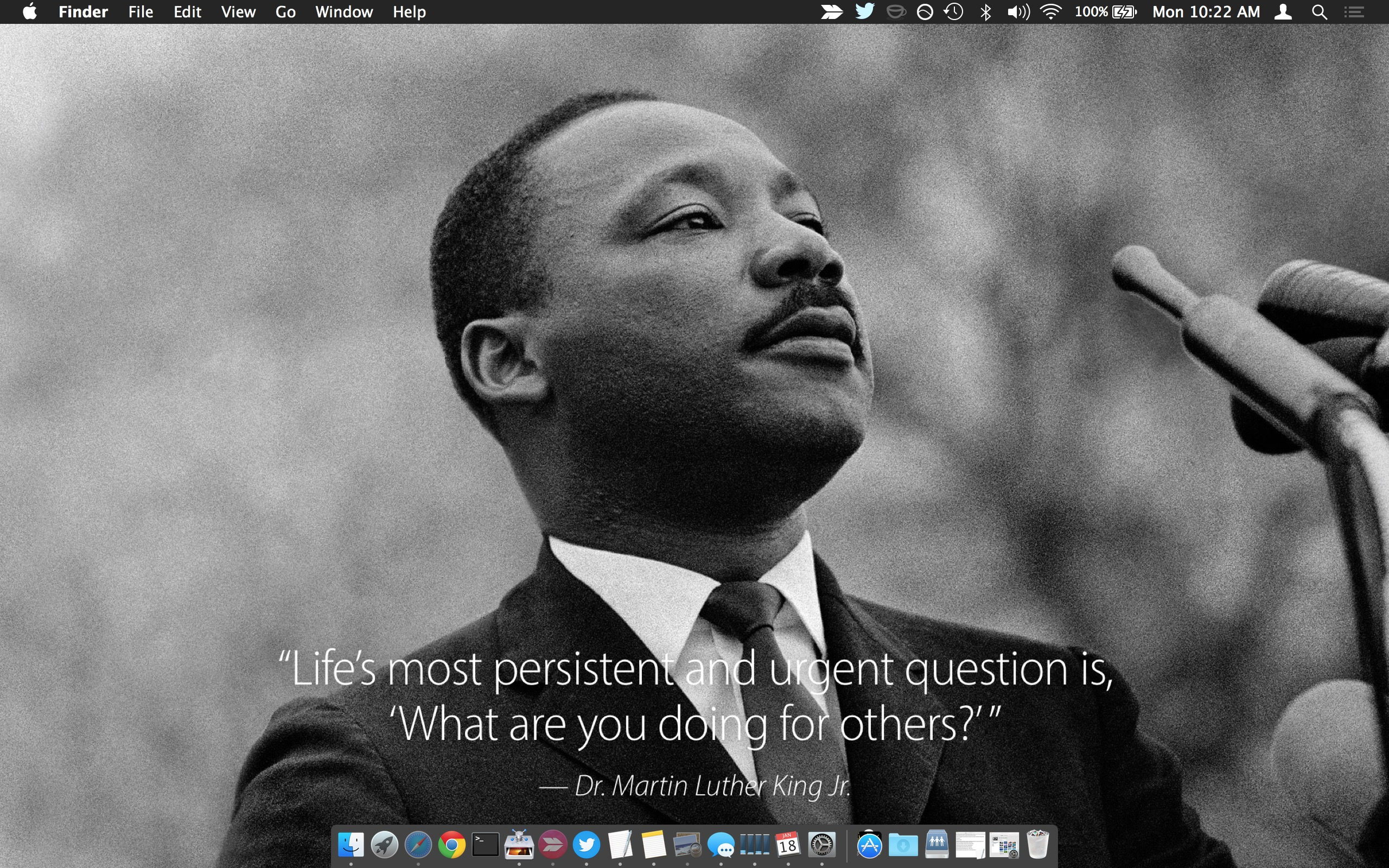Get An Inspirational Martin Luther King Jr Quote Wallpaper