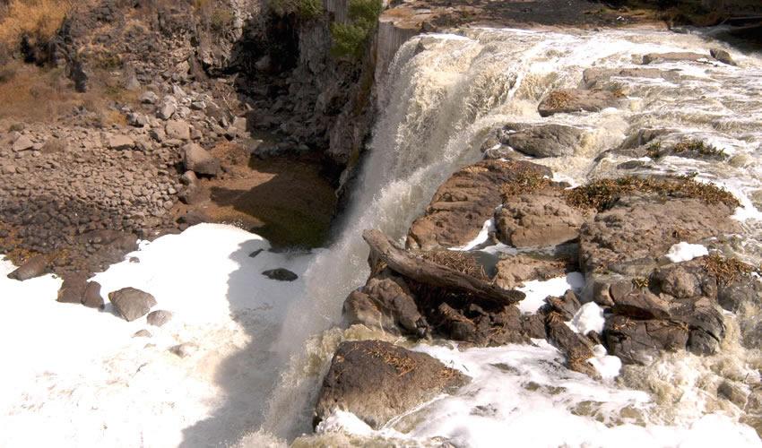 Ejemplo de la falta de interés del gobierno de Jalisco por el medio ambiente es el río Santiago, que contamina a miles de personas debido al corredor industrial de Juanacatlán-El Salto/Fotos: Archivo Página 24