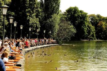 Seehaus Im Englischer Garten Schwabing Munich Party Earth