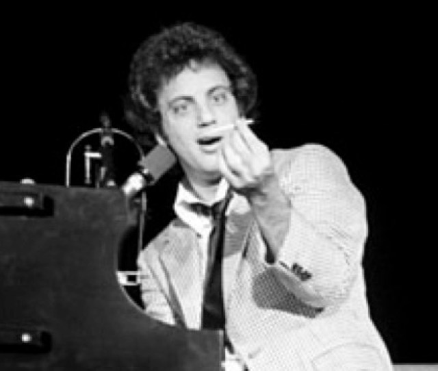 Listen To Billy Joel Perform Back In The U S S R In Russia