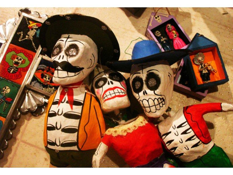 2015 Dia de los Muertos at Bazaar del Mundo