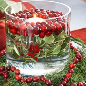Use Cranberries to Make Thanksgiving Table Candles