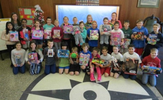 Westhampton Beach Elementary School Student Council Hosts