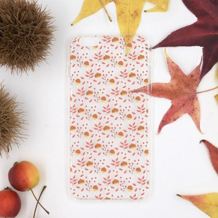 La nuova limited edition di cover per cellulari Le Petit Rabbit, perfette per un #sweetoctober fatto di castagne da arrostire e romantici foliage.