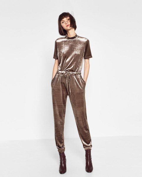 Tuta di velluto di Zara