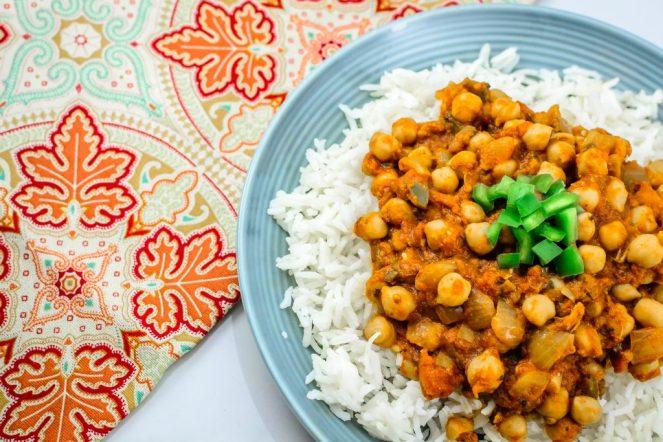 chana-masala-chickpea-budget-dish