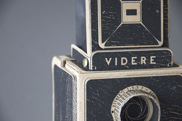 Videre: A Medium Format Pinhole Camera with a Twin Lens Reflex Design videre2
