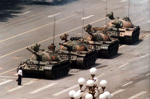 Yellow Duck Version of Tank Man Photo Goes Viral Despite Chinese Censorship tankman