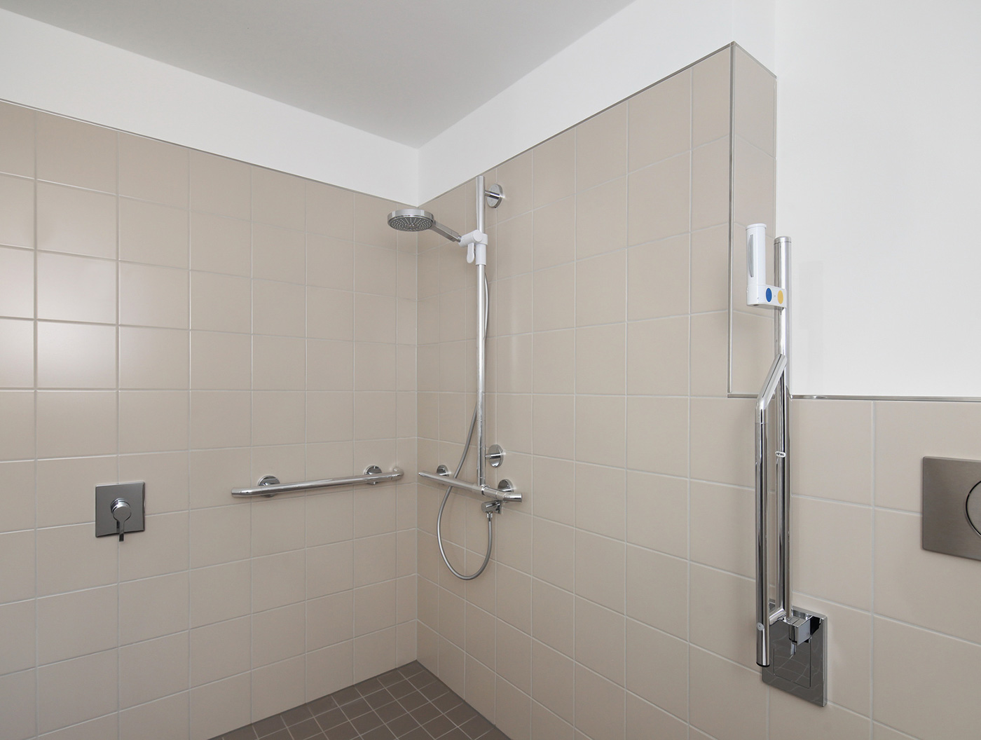 Behindertengerechte Dusche » Barrierefreie Dusche