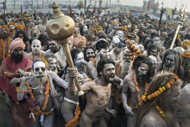 22.-Religion-Gone-Wild-2019-Khumh-Mela_Swarup-Chatterjee