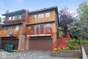 351 Villa Circle, Anchorage, AK 99504