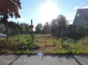1414 Karluk Street, Anchorage, AK 99501