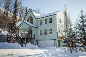 25800 Wildflower Circle, Eagle River, AK 99577