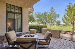 8 BILTMORE Estate, 121, Phoenix, AZ 85016