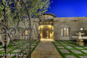 Private courtyard entry