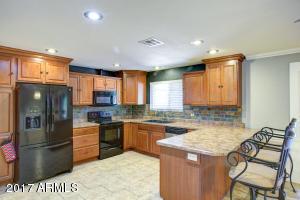 3424 E SHAW BUTTE Drive, Phoenix, AZ 85028