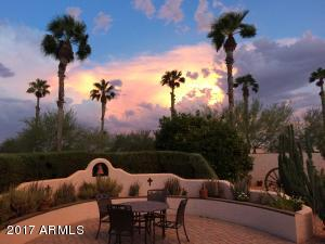 SUNSET VIEW - HOW OF THE DESERT PALMS!