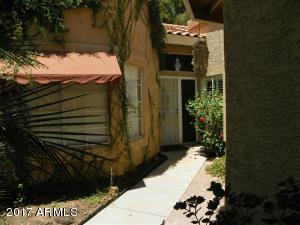 6732 S FARMER Avenue, Tempe, AZ 85283