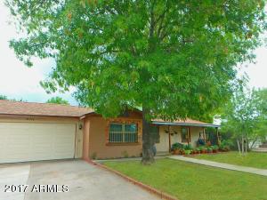 220 W RUTH Avenue, Phoenix, AZ 85021