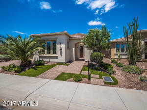 778 E LADDOOS Avenue, San Tan Valley, AZ 85140