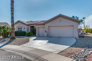 3 BR 2BA, Bonus Room, 2.5 Car Garage. Pool